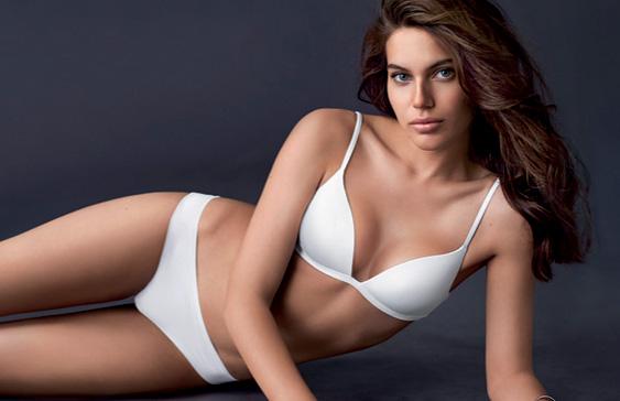 3cad61128 La marca de ropa interior para mujer y hombre creada en 1996. La lencería  de Intimissimi realiza el sueño de cada día de toda mujer ofreciendo  colecciones ...
